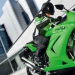 Siap-siap,… yang mau indent Ninja 250R…!!!