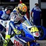Rossi diambang juara,… yang laen.. lewaaat… !!!
