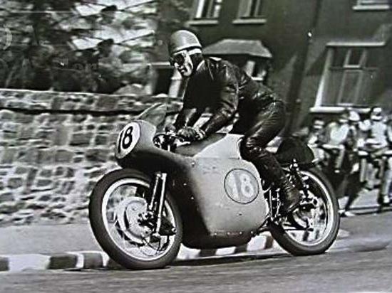 Moto Guzzi V8 550