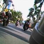Heeebooogh,… Launching Ducati Streetfighter dan Superbikez 1198 @ Pluit Junction …!!!