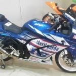 Honda CBR250R vs Kawasaki Ninja 250R,… siapa yang akan terlibaaas …???