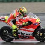 Rossi berada di posisi 11th,… setup motornya nggak ketemu …!!!