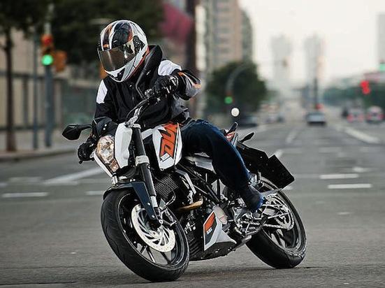 KTM Duke 200 550 03