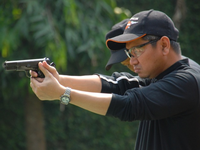 Mas Tri Cijantung Shooting