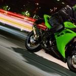 Kawasaki Ninja 250R Fi dengan 2 cylinder, …ternyata masih punya resale value terbaik …!!!
