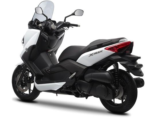 2014-Yamaha-X-MAX-250-white