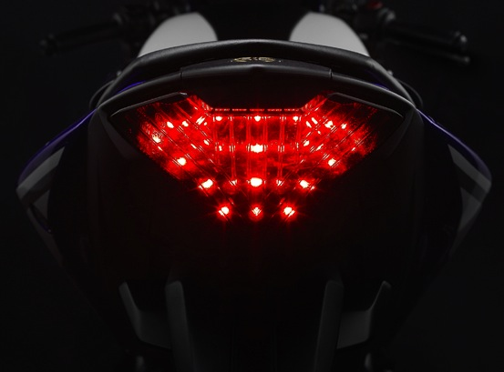 Yamaha R25 rear lamp