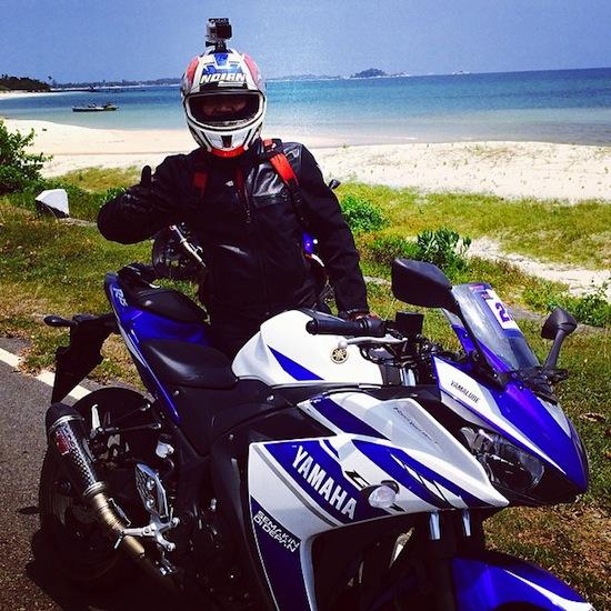 Mas Tri with R25 Belitung Beach