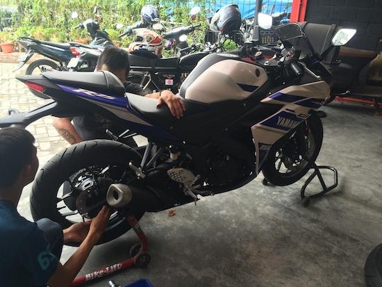 Moto 8 01