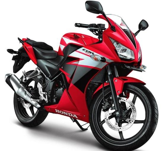 Honda CBR 150 red