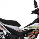 Honda Sonic 150R dimasukkan ke dalam motor sportz,… jika penjualan Honda di segment motor sportz unggul… fans boy jingkrak-jingkrak… podo eudaaan kabeeegh …???