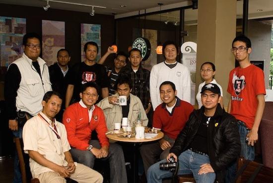 Tri Starbuck Cafe