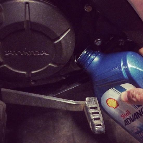 Honda Sonic butuh Oli