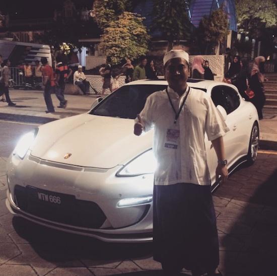 Mas Tri with Porsche