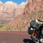 Menggunakan Yamaha Vixion,… Anita Yusof sedang riding dan menaklukkan dunia …!!!