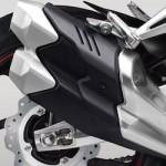 Komparasi tuntas-taaasss… Honda CBR250RR vs Yamaha R25,…. soal knalpot bentuk keluarannya berbeda …??? (11)