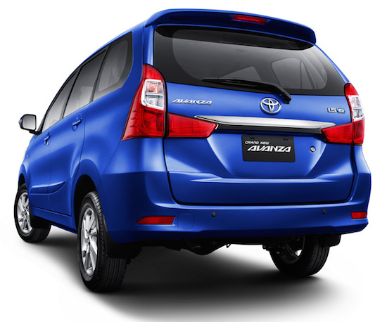toyota-avanza-rear-view