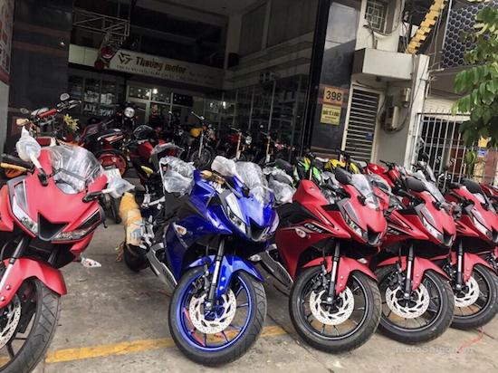 Yamaha R15 dealer Vietnam