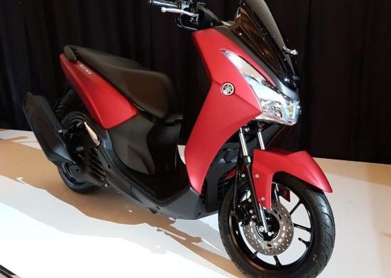 Yamaha Lexi samping