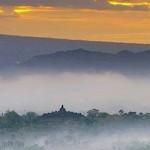 Jalan-Jalan ke Bukit Punthuk Setumbu,… indahnya pemandangan saat sunrise di pagi hari …!!!