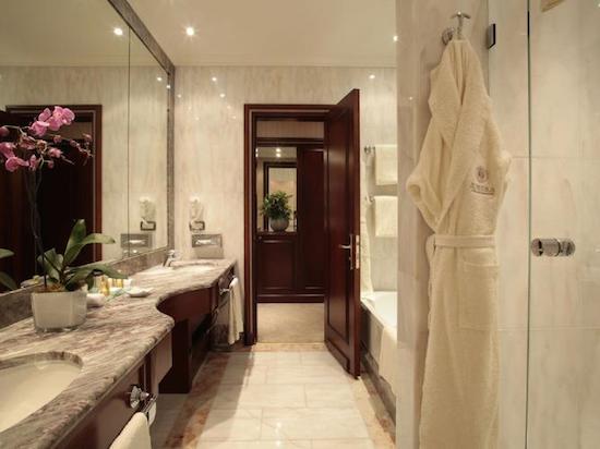 Bathroom Palazzo Naiadi Hotel