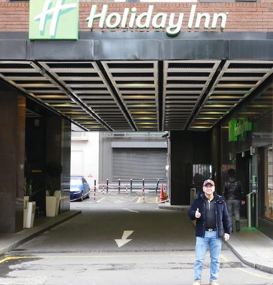 mas Tri at Holiday Inn London