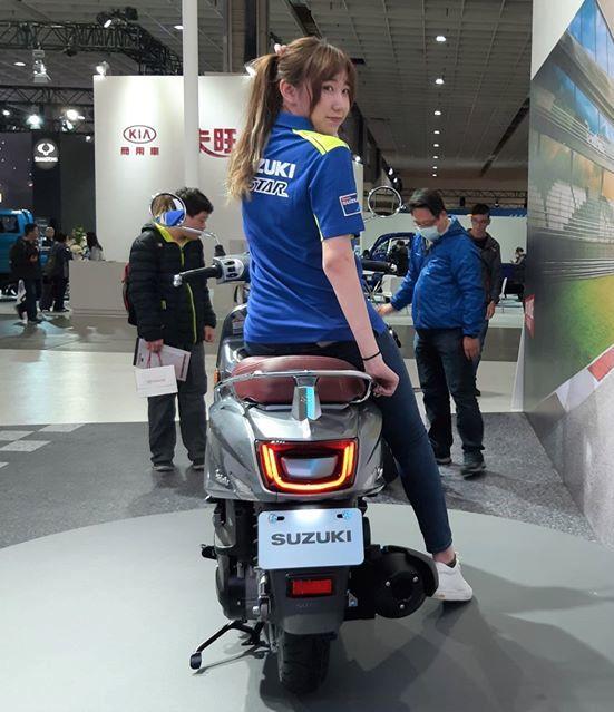 Suzuki Saluto rear view