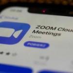 Lagi ngetreeend ngaji melalui Zoom,… jarak tidak ada batasaaan …???