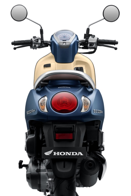 Honda New Scoopy rear view