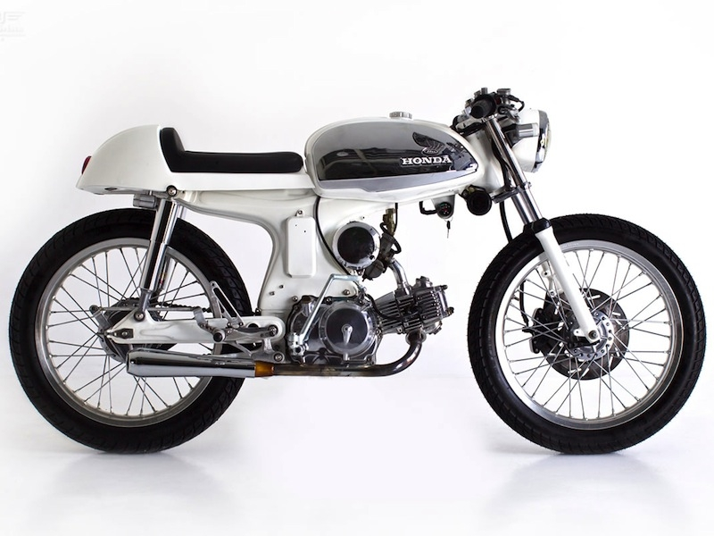 honda-sport-90-cafe-racer-by-deus-ex-machina