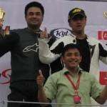 Ajang Junior Superbikez,… Honda CBR1000RR menaaaang… juragan rondo dog fight dengan Indobikerz …!!!